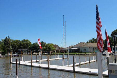 Puce Marina Docks